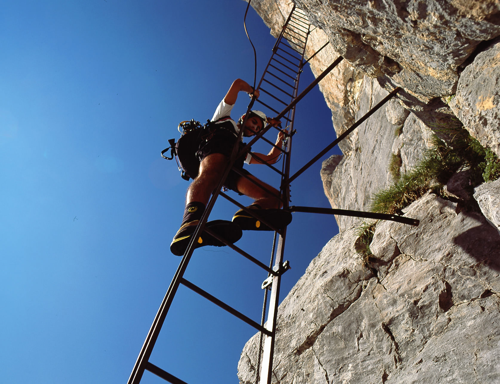 Via_Ferrata_Dolomites.jpg