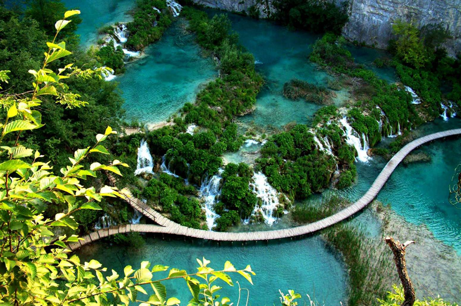 Plitvice-Lakes-National-Park-active-holiday.jpg